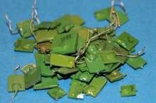 Kondensatoriai žali-220